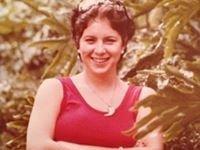 Maria C Llamas