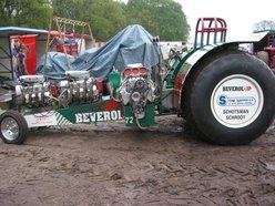 traktorPULLthaTrig