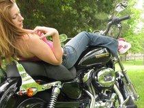 Sarah Allegra Belles