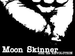 Moon Skinner Management