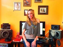 Lynn Verlayne Studio