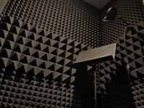 825 Studios (Universal/Bungalo/PMG/BFR)