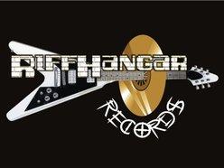 Riffhangar Records
