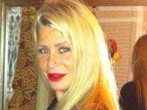 Linda Singer