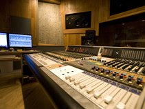 Riven Records planet10studios
