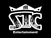 SMALL TOWN CROWN ENT