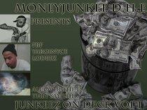 MoneyJunkee D.H.E.
