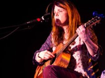 Robyn McVey
