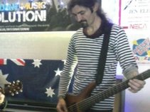 Darryn McLaughlin - Bass/Vocals