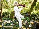 izzy*wise en bicicleta