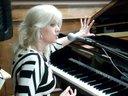 Joanne Jolee Corporate Keynote Entertainer