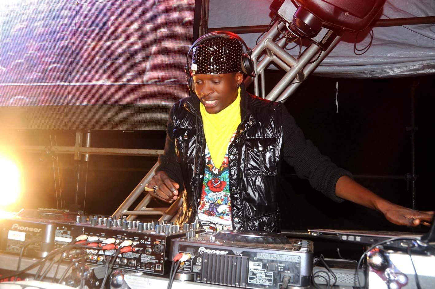 Dj Shiru Songs | ReverbNation