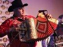 Chalo Martinez Cantando en el Malecon de Lakewood