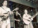 Cruz, Taylor and Leah - Jammin' at Hippie Jack's