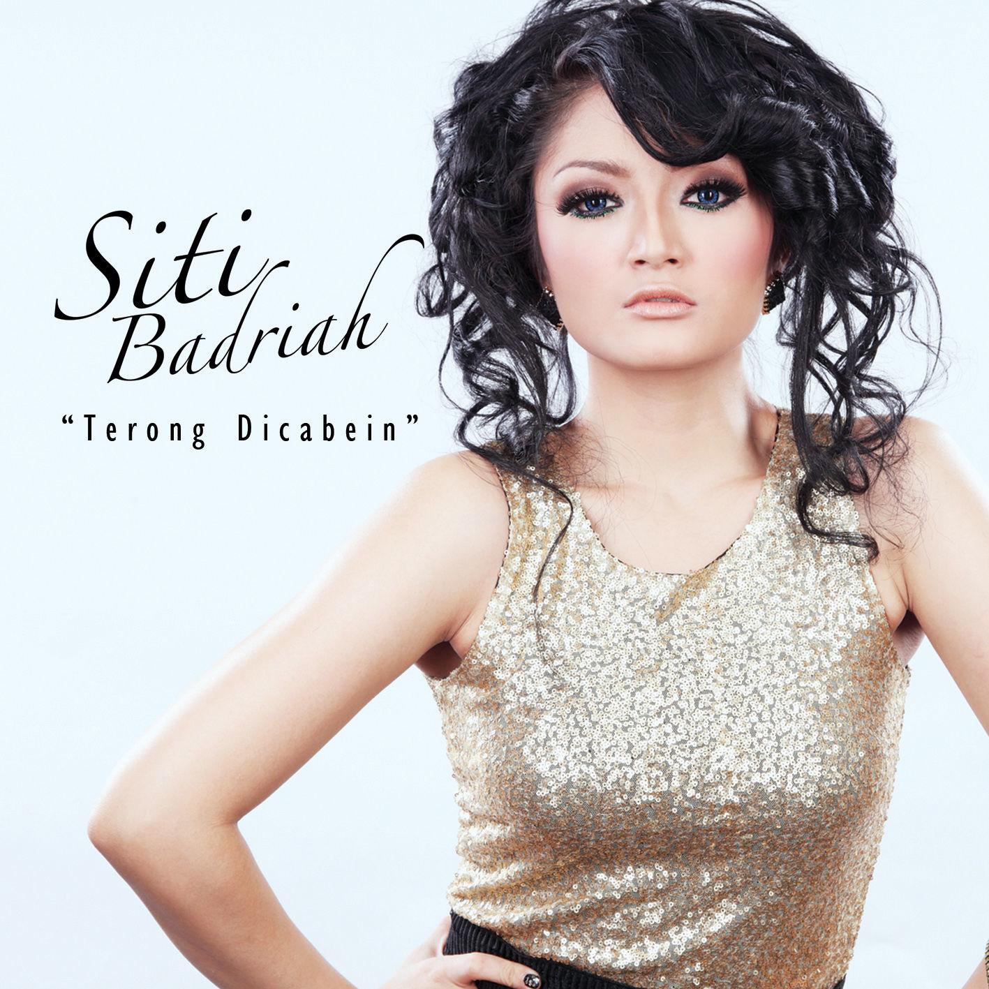 Foto siti badriah tanpa sensor di ranjang kembali for Siti di foto