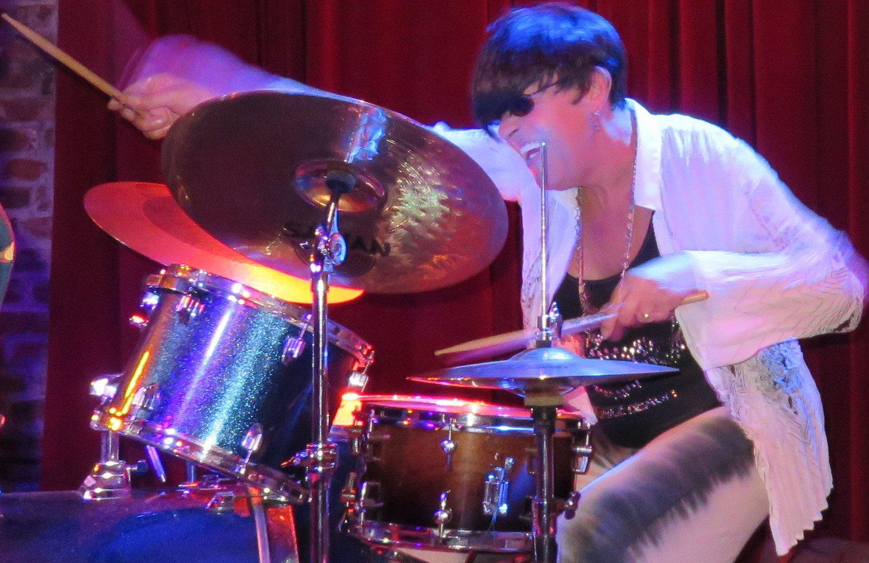 Billie Davies @ Balcony Music Club