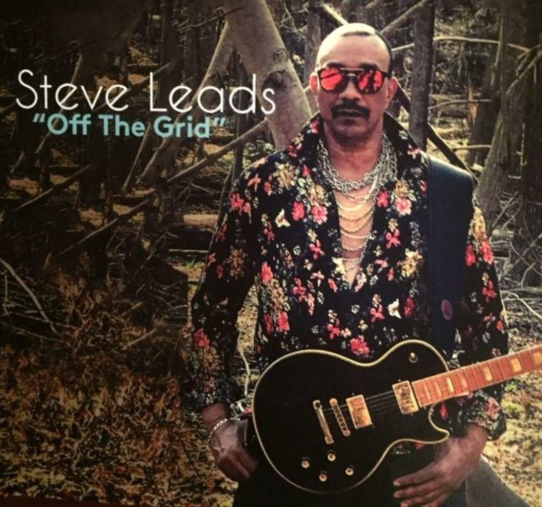 Steve Leads, EP Cover