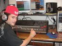 Selecta Ticut - Mixage du One riddim au Studio DIGITAL RECORDS