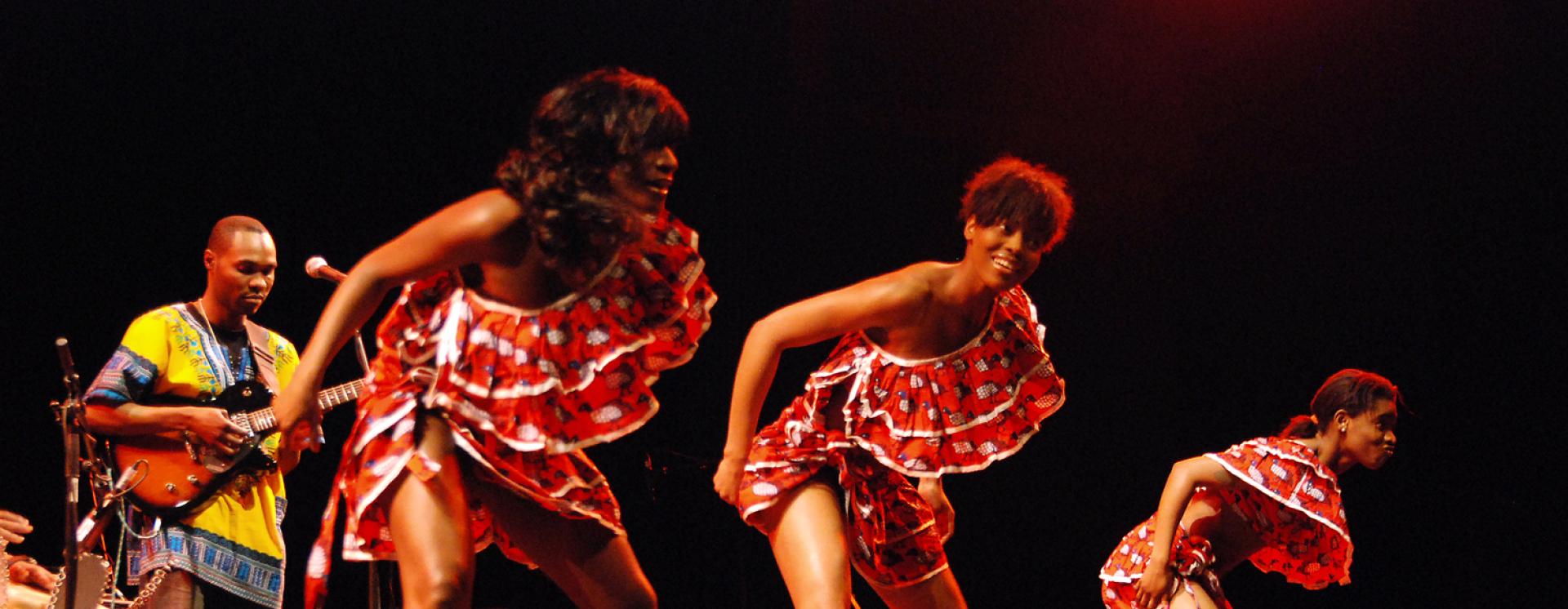 1363772904 kasai masai dancers photo chris talor1 copy