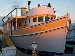 The yacht barkissimo