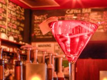Gizzi's Bar * Lounge & Restaurant