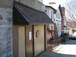 Daniels Pub