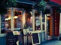 La Barrique Bistro & Wine Bar