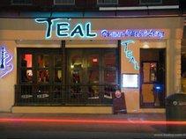 Teal N.Y. Lounge