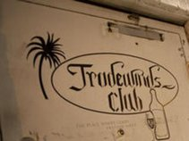 Tradewinds Social Club
