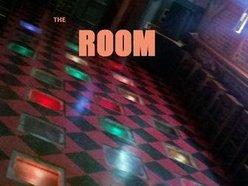 The ROOM @ Ma n Papa Joe's