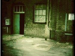 THE GREEN DOOR STORE