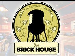 Brickhouse Pub