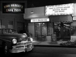 Max Bloom's Cafe Noir