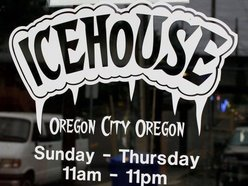Ice House Bar & Grill