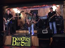 Boogies Bar & Grill