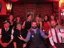 Hennessey's Tavern & Gaslamp Speak Easy