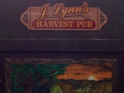 J Lynn's Harvest Pub