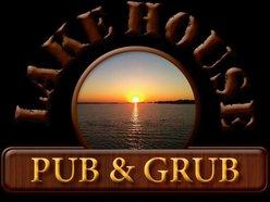 Lake House Pub & Grub