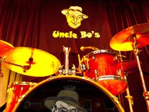 Uncle Bo's Live Bar