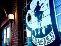 Gracie's Cafe