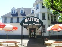 Daffies Pizza and Tavern