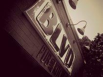 BLVD Pub and Kitchen