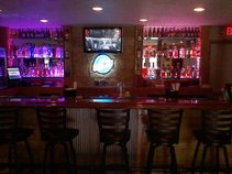 D-dubs Bar And Grill
