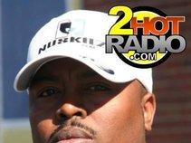 2 Hot Radio