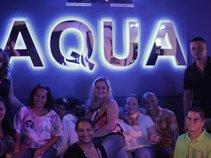Aqua Bar & Grille