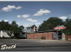 Threadgill's - World Headquarters Restaurant