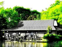 the boathouse of victoria park