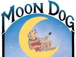 Moondog Tavern