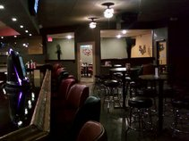 Choices Pub, Grill & Showroom
