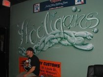 Hooligans Icehouse